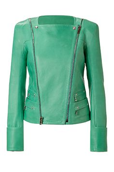 Love love love the jacket color !