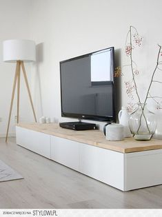 tv meubel ikea met eiken houten plank huis pinterest. Black Bedroom Furniture Sets. Home Design Ideas