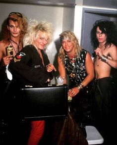 1988 — They look like they're up to no good 80s Metal Bands, Hair Metal Bands, 80s Hair Bands, Bret Michaels Poison, Bret Michaels Band, Poison Albums, Hard Rock, Poison Rock Band, Mick Mars
