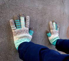 campanula / Samé pásiky rukavice s bodkami