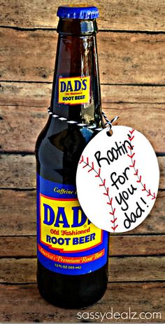 Dad's Root Beer Father's Day Gift Idea - Cheap and easy last minute gift! #baseball