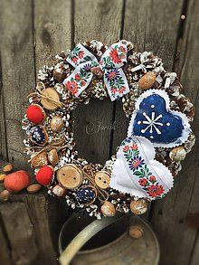 Dekorácie - Slovenský {Folk} - 5893927_ Book Tree, Xmas Wreaths, Ornament Wreath, Winter Christmas, Diy And Crafts, Cross Stitch, Traditional, Holiday Decor, Creative