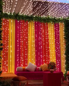 Some nifty decoration ideas and a little planning are all you need for organizing mehndi function at home in the decided budget. Try these great inspirations to set your mehndi function high! Mehendi Decor Ideas, Diy Mehndi Decorations, Wedding Hall Decorations, Marriage Decoration, Backdrop Decorations, Mehndi Stage Decor, Backdrop Ideas, Pakistani Mehndi Decor, Reception Stage Decor