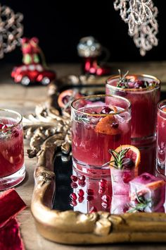 Holiday Cheermeister Bourbon Punch | halfbakedharvest.com #bourbon #holiday #christmas #cocktails #pomegranate Yummy Drinks, Drinks Alcohol Recipes, Nye Recipes, Holiday Recipes, Winter Recipes, Drink Recipes, Winter Cocktails, Christmas Cocktails, Holiday Drinks