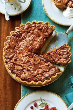 Christmas Desserts: Chocolate-Caramel Pecan Pie