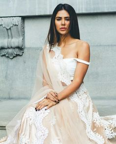 @sonambajwa in M A N I  J A S S A L bride  Ph: @bsinghh  #photoshoot#editorial#fashioneditorial #highfashion#fashionshoot#manijassal#mkj#ootd#ootn#bride#bridalshoot#manijassalbride#indianbride#handmade#canadianmade#dupatta#photographer#laceskirt#ootd#ootn#potd#lacelengha#weddingshow#bridalshow#sonambajwa#punjabiactress#actress#bollywood#sonam