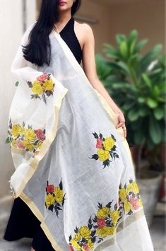 Off White Chanderi Floral Handpainted Stole - Women Stoles Online Hand Painted Dress, Hand Painted Fabric, Painted Clothes, Saree Painting, Fabric Painting, Fabric Paint Designs, Embroidery Suits Design, Textiles, Dress Patterns