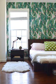 Nana (Pink) wallpaper accent wall via Design Addict Mom