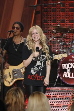 Avril Lavigne brought down the house on the #QLShow huh?