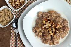 12 Snacks That Suppress Your Appetite - including slow cooker apple pie oatmeal