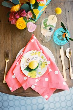 Kid Friendly Summer Citrus Party + cute tablescape!