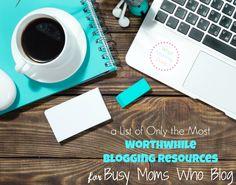 Blogging tips Mo Money, Blog Planner, Blogging For Beginners, Online Jobs, Mom Blogs, Blog Tips, Way To Make Money, Extra Money, How To Start A Blog