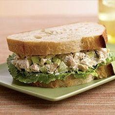 MyPanera Recipe: A Chicken Salad Sandwiches. Love their chicken salad sandwiches! Salad Sandwich, Soup And Sandwich, Sandwich Recipes, Panera Sandwiches, Lunch Sandwiches, Sandwich Board, Panera Bread Chicken Salad Recipe, Chicken Salad Recipes, Recipe Chicken