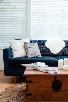 update you living room space with affordable decor from Urban Outfitters #style