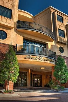 town and country inn and suites Country Inn And Suites, Town And Country, Charleston Hotels, Charleston Sc, Mount Pleasant, Need A Vacation, French Quarter, Hotel Deals, Hotel Reviews