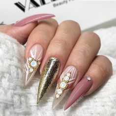 """400 Likes, 2 Comments - Nail Me (@nail_me_good_) on Instagram: """"💖It's always magic when a nail tech finally has time to do her own nails! Nails designed by…"""""""