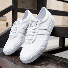 Adidas Originals' adi ease 'skateboarding Canvas gris / rojo zapatillas