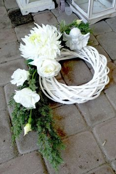 Grave Flowers, Cemetery Flowers, Funeral Flowers, Funeral Floral Arrangements, Modern Flower Arrangements, Tissue Flowers, Faux Flowers, Ikebana, Cemetary Decorations
