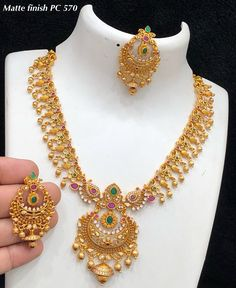 Pc matt finish jewel at Rs 1750 with shipping Direct message to place order Shipping is extra the damage will be exchanged Gold Jhumka Earrings, Indian Jewelry Earrings, Jewelry Design Earrings, Gold Jewellery Design, Necklace Designs, Gold Temple Jewellery, Gold Wedding Jewelry, Gold Jewelry Simple, Gold Haram