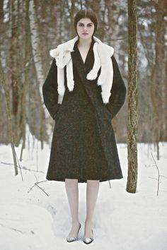 Vika Gazinskaya Fall 2013 Ready-to-Wear Collection Slideshow on Style.com