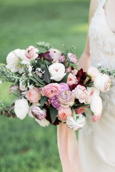 Romantic outdoor spring wedding inspiration