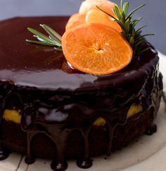 Chocolate Clemengold Tea Cake recipe #clemengold #gathering #lecreuset