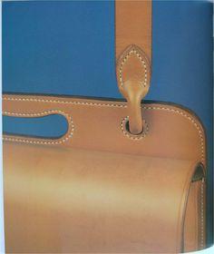 The leatherworking handbook valerie michael Leather Workshop, Sewing Leather, Leather Crafts, Leather Bags Handmade, Leather Working, Leather Handle, Fiber Art, Dubai, Camping
