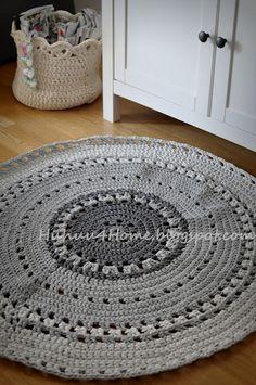 HUHUU 4home: Harmaa virkattu matto