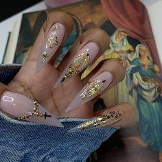 60 Pretty Coffin Nails Ideas - Page 55 of 56 - Nail Art & Nail Designs Ideas Aycrlic Nails, Bling Nails, Stiletto Nails, Swag Nails, Coffin Nails, Manicure E Pedicure, Pedicures, Mexican Nails, Gucci Nails