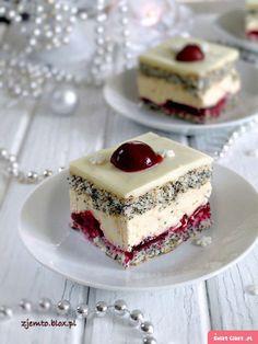 Ciasto wiśniowa panienka - Swiatciast.pl Polish Desserts, Fancy Desserts, Polish Recipes, Sweet Desserts, Just Desserts, Sweet Recipes, Delicious Desserts, Cake Recipes, Dessert Recipes