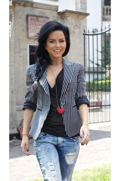 Discover this look wearing Black H&M Blazers, Light Blue C&A Jeans, Red Accessorize Necklaces - Going out pretty by innainspiration styled for Business Casual, Going Out With Friends in the Spring Casual Street Style, Street Style Women, Mtv, In Natura, Europe Fashion, Striped Jacket, Just Girl Things, Blazer, Cute Woman