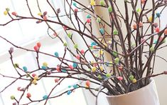 Entertaining this Easter and want to dress up your home? These 31 Easter decoration ideas range from table settings to mantle decorations to garlands.