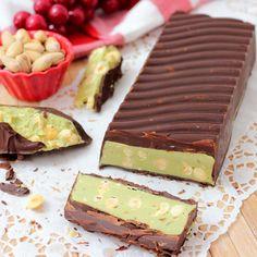 Yummy Treats, Sweet Treats, Romanian Food, Italian Cookies, Xmas Food, Cake Cookies, Chocolate Recipes, Sweet Recipes, Bakery
