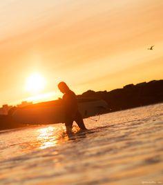 Sunrise surf, ocean, surfboard / Garance Doré
