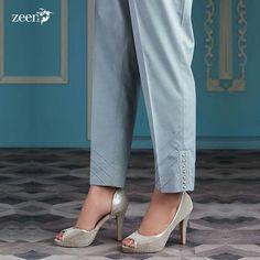 Best 12 Mustard Cotton Pants with Gota Work – SkillOfKing. Dress Neck Designs, Designs For Dresses, Blouse Designs, Salwar Designs, Kurti Neck Designs, Trouser Pants, Skirt Pants, Patiala, Salwar Kameez