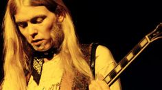 Gregg Allman, Remembered by His Friend Jackson Browne: 'He Was One of the Most Gifted Singers of the Last 50 Years' - http://moviesandcomics.com/index.php/2017/05/31/gregg-allman-remembered-by-his-friend-jackson-browne-he-was-one-of-the-most-gifted-singers-of-the-last-50-years/