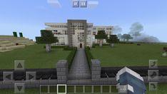 I love building modern houses Modern Mansion, Modern Houses, Modern Buildings, Cool Minecraft Houses, Modern Homes, Modern Townhouse, Awesome Minecraft Houses, Modern House Design, Contemporary Houses