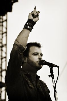 Wade Bowen. [who I just recently found out is married to Cody Canada's sister. wtf.]