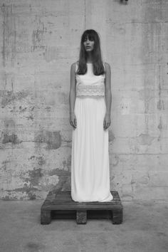 Top: Cara & Jupe: Lina - Photographe: Romina Shama - Assistant Photo: Vincent Vandries - Modèle: Louise Follain - Coiffure: Leïla A - Maquillage: Corinne Fouet #elisehameau2017 #robedemariée #weddingdress