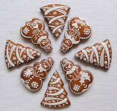 Today we are looking at Moravian and Bohemian gingerbread designs from the Czech Republic. Back home, gingerbread is eaten year round and beautifully decorated cookies are given on all occasions. Christmas Sweets, Christmas Gingerbread, Christmas Cooking, Gingerbread Cookies, Gingerbread Houses, Crazy Cookies, Fancy Cookies, Holiday Cookies, Galletas Cookies