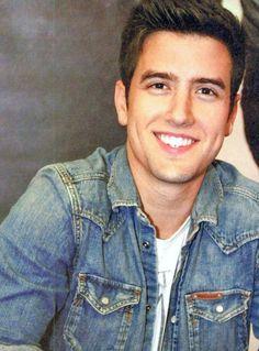 Logan Henderson; OMG I LOVE YOU!!