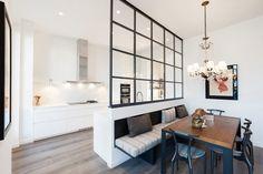 Kitchen Room Design, Modern Kitchen Design, Interior Design Kitchen, Kitchen Decor, Small Apartment Design, Small Room Design, Apartment Interior, Small Modern Kitchens, Home Kitchens