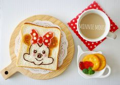 Minnie Mouse toast art by meeeegu-☆ (@gomasan___7)