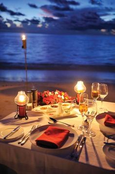 Ayada-Maldives-Dining