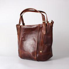 Cuero bolso cubo bolsa marrón Vintage por TheLeatherStore en Etsy