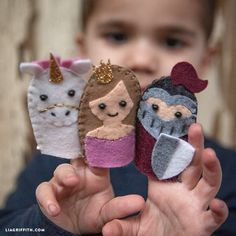 Learn how to make finger puppets with this introductory sewing project! Create a fairy tale with princess, knight, unicorn, wizard, and dragon characters!