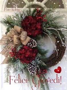 Rustic Christmas Wreath Ideas on a Budget - Christmas Decorations . - Rustic Christmas Wreath Ideas on a Budget – Christmas Decorations {hashtags - Christmas Holidays, Christmas Crafts, Christmas Ornaments, Christmas Ideas, Country Christmas, Make A Christmas Wreath, Grapevine Christmas, Christmas Wreaths For Front Door, Christmas Challenge