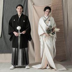 Wedding Photo Images, Wedding Couple Photos, Japanese Wedding, Korean Wedding, Traditional Fashion, Traditional Dresses, Traditional Wedding Attire, Wedding Kimono, Wedding Gowns