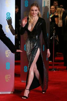 February Sophie Turner attended British Academy Film Awards (BAFTA) in London, England Sophie Turner, Divas, British Academy Film Awards, English Actresses, Hollywood Actresses, Beautiful Actresses, Sexy Legs, Sexy Dresses, Hot Girls