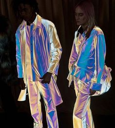 """""""Easily some of the coolest fabrics of the season were these reflective, iridescent ones at Sies Marjan."""" Photographed by Corey Tenold // Vogue's Backstage Photographer on His 23 Favorite Moments From the Fall 2018 Shows Look Fashion, Fashion Show, Fashion Design, Fall Fashion, Space Fashion, Sneakers Balenciaga, Holographic Fashion, Holographic Glitter, Fantasias Halloween"""